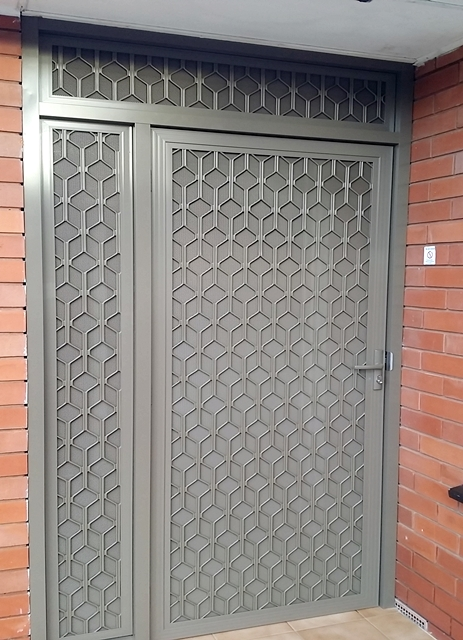 security - screen - doors- double-diamond-doors